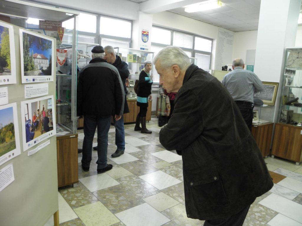 Obr. 8 výstava ve městě Partizánske